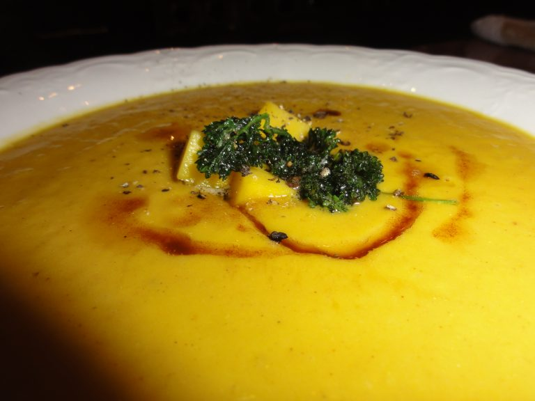 pumpkin mango soup with fried parsley